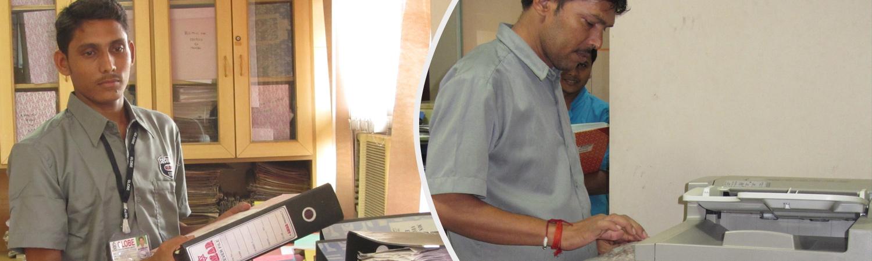 Office Boy in Mumbai working in office